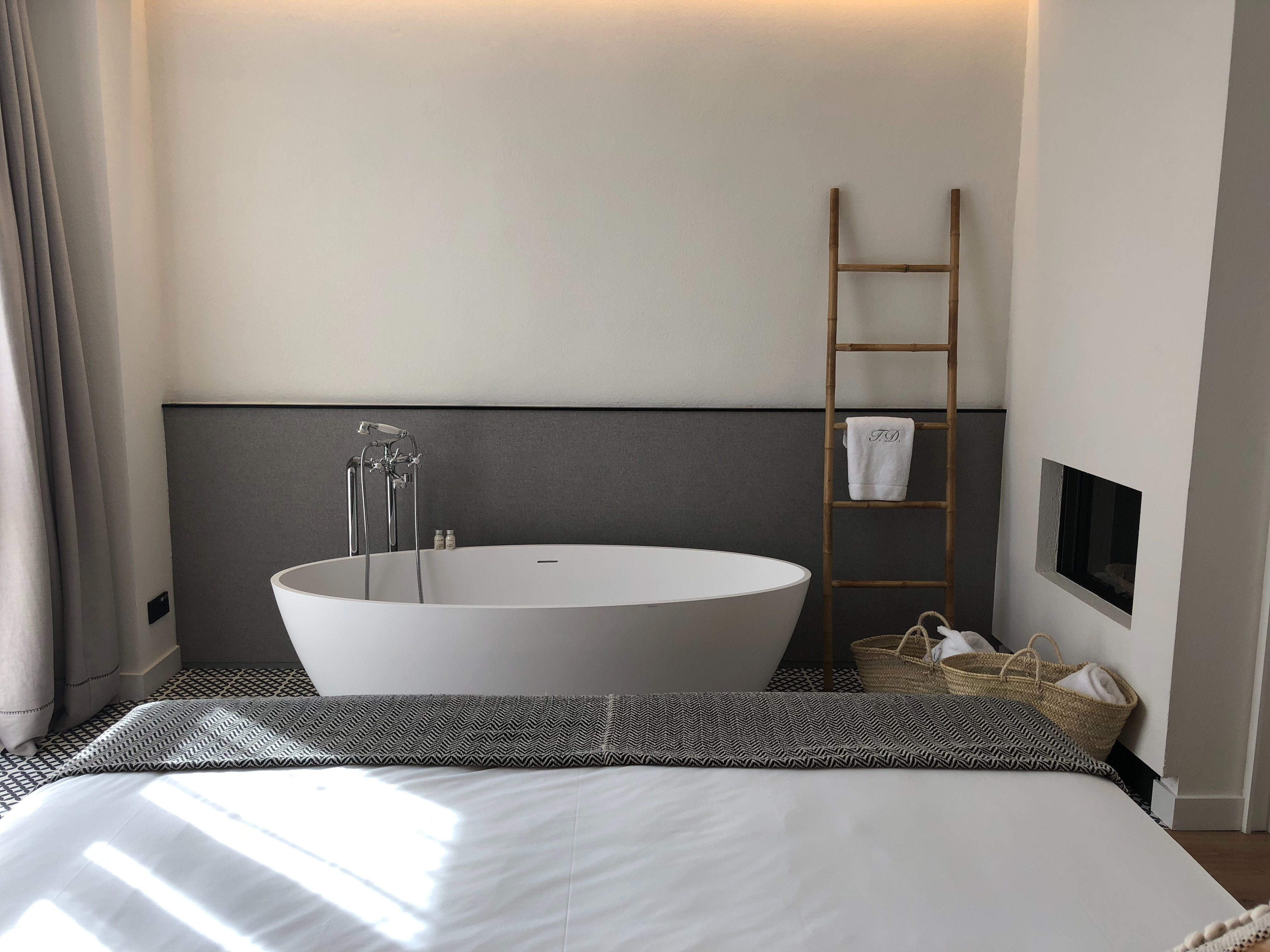 What Does Vasca Da Bagno Mean : Four important reasons why you need an interior designer nickie kantor